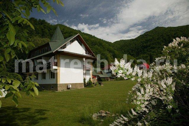 Альпика сервис - 3,5 км роза хутор - 4,9 км